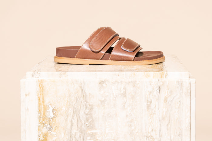 Izano Slide // Brown Vintage