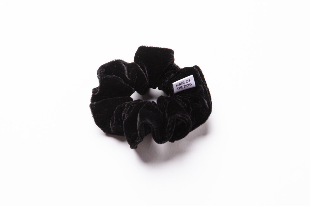 Velvet Scrunchie (Black)