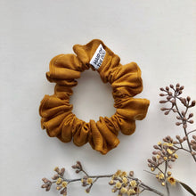 Load image into Gallery viewer, Small Linen Scrunchie