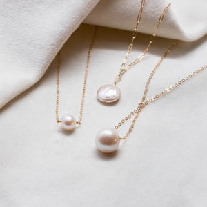 pearl trapeze necklace