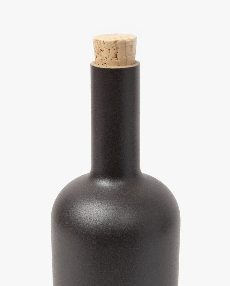 Hasami Bottle (Matte Black)