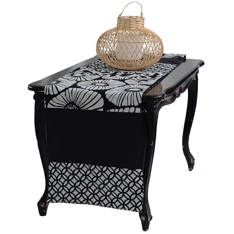 Table Runner | Cotton Black & White (medium)