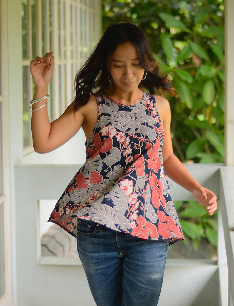 Swing Top | Coral Navy (3 sizes)