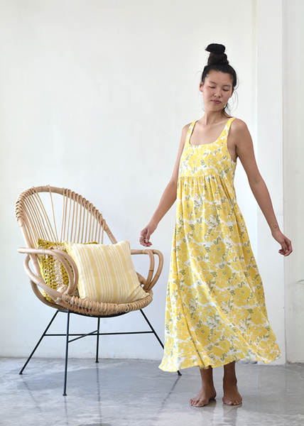 Romantic Dress | Yellow Rose (3 Sizes)
