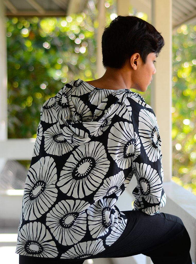 Retro Flower Cotton Hoodie | Black (3 sizes)