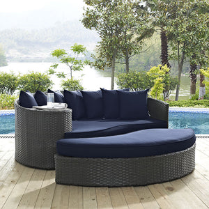 Sojourn Outdoor Patio Daybed