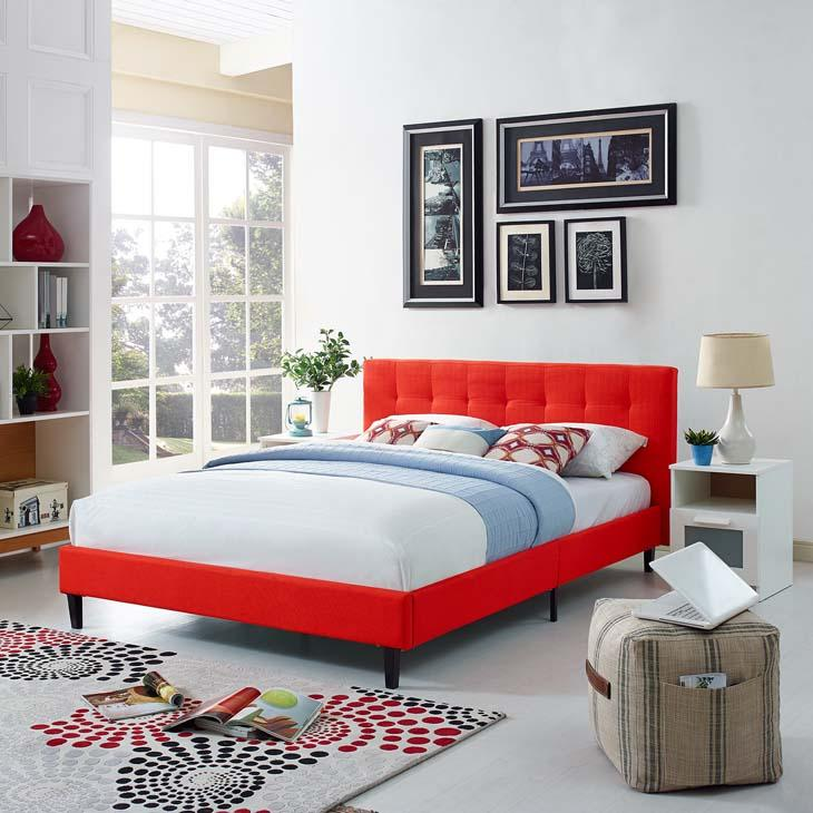 Linnea Full Size Platform Bed in Atomic Red