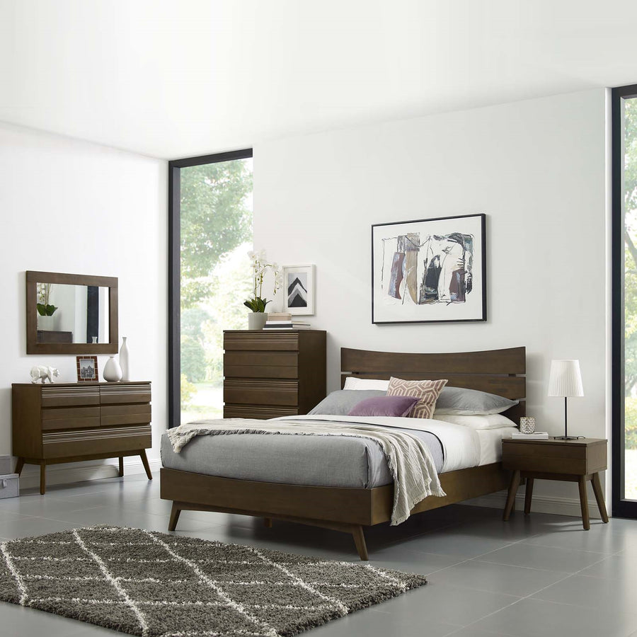 Everly Modern Wood Queen Bed in Walnut Finish