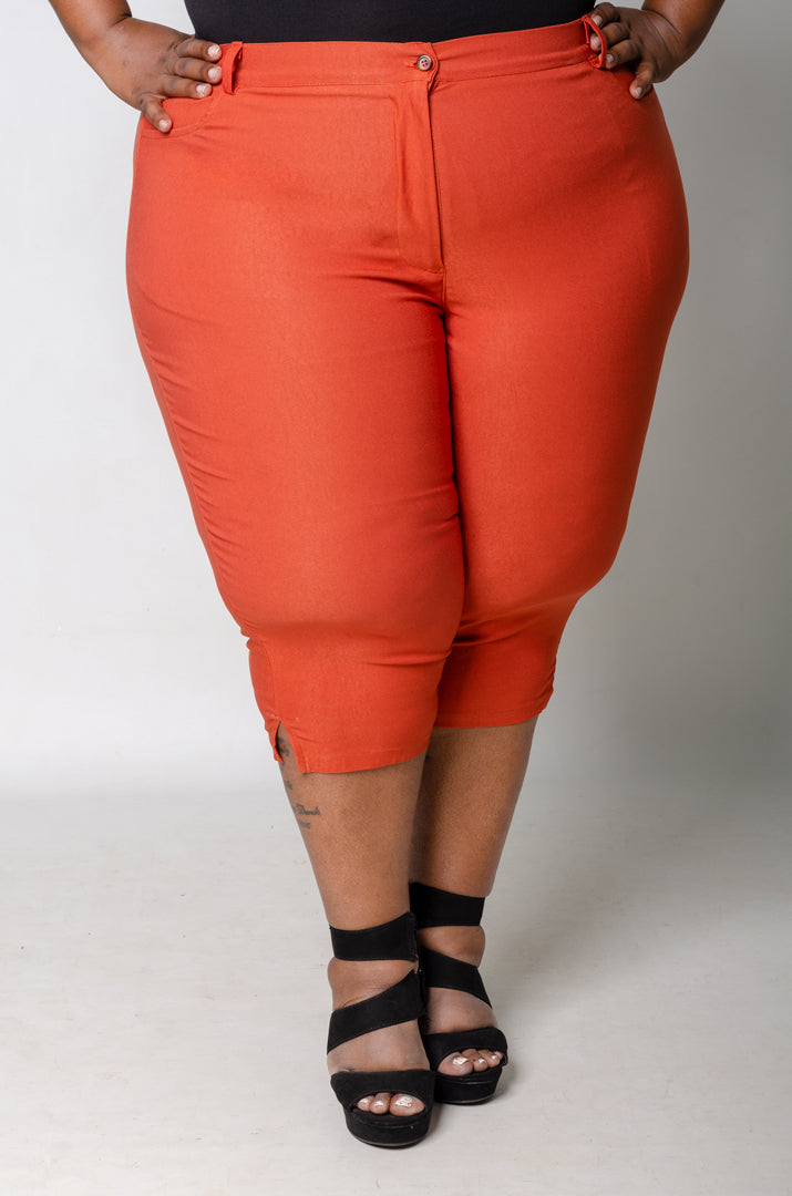 Phierce Fit Capri Pants - Rust