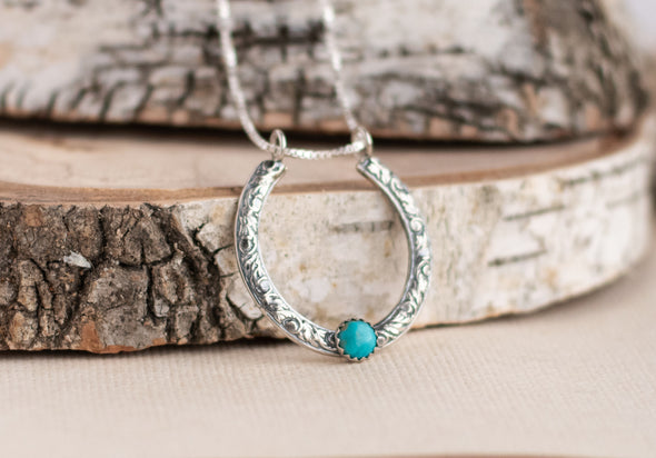 Horseshoe Turquoise Necklace