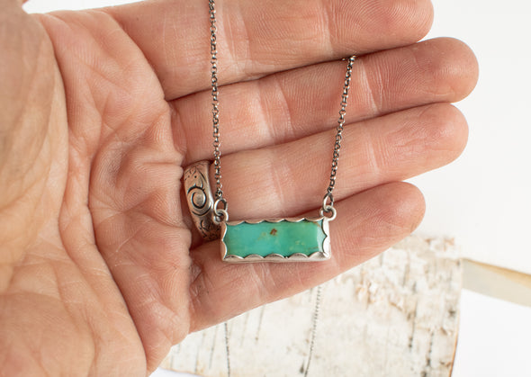 Green Turquoise bar