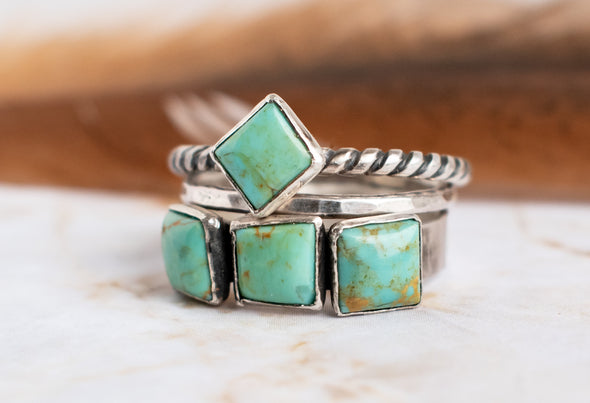 Three Turquoise Stone Ring