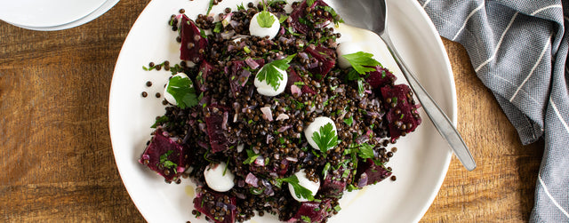 Pickled beetroot, lentil and mozarella salad