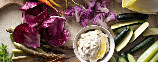 Crudités with cashew dill cheese dip