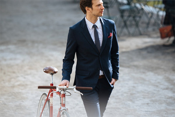 Our machine washable blazer, with a fabric that looks and feels like wool.