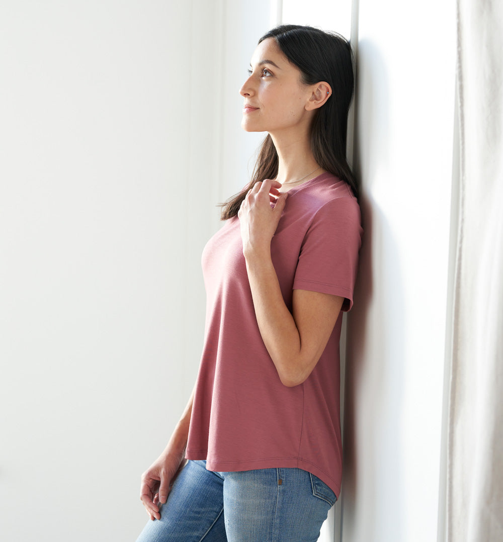 Threshold V-Neck T-Shirt Petite Fit - Pale Mulberry