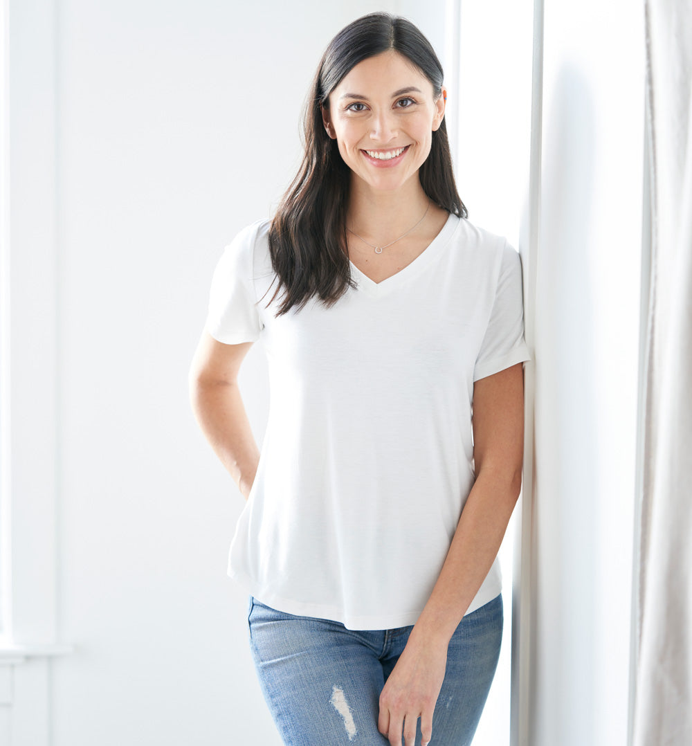 Threshold V-Neck T-Shirt Petite Fit - Peak White