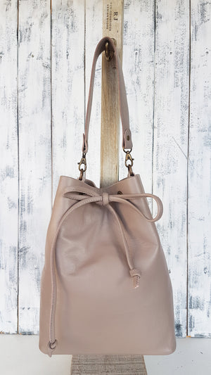 NEW - 1 Day Leather Bucket Bag Making Course - £149
