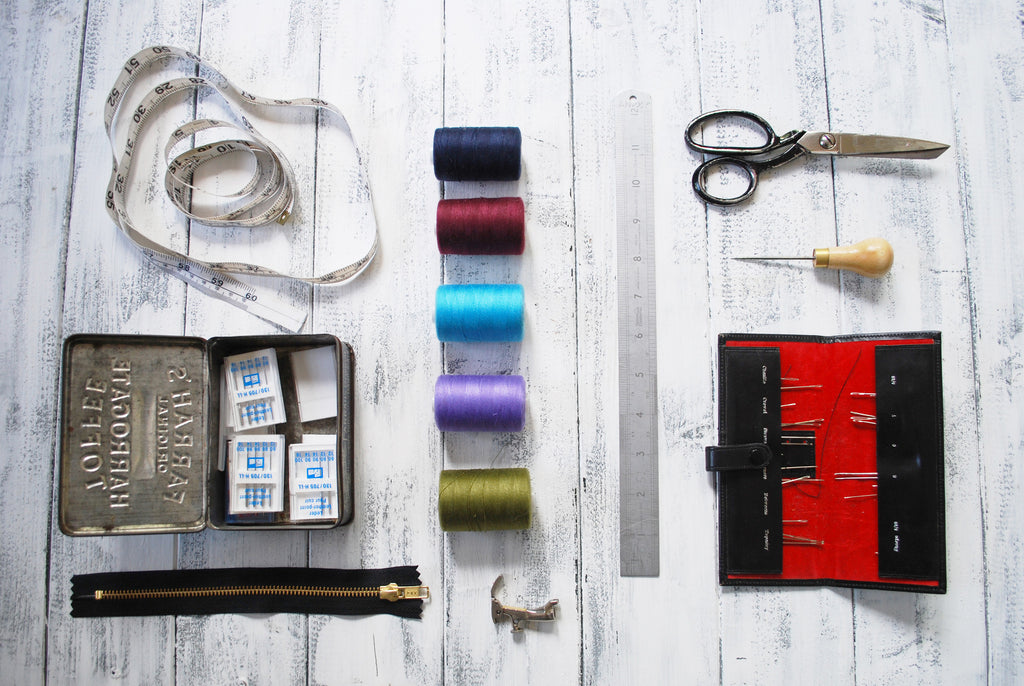 1 Day Introduction to leather & sewing handbags - £99