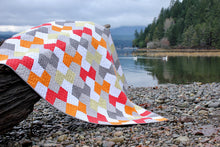 Load image into Gallery viewer, Throw Quilt || Geometric Patchwork