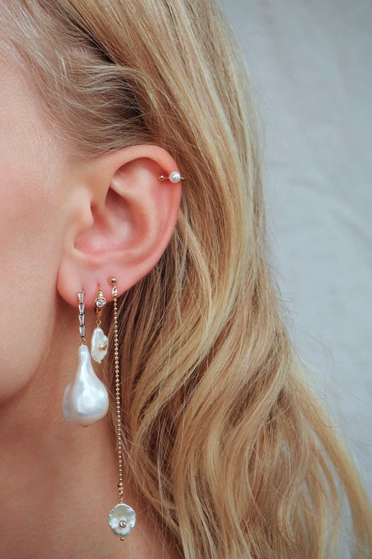 TINY PEARL EAR CUFF
