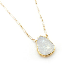 amanda necklace moonstone