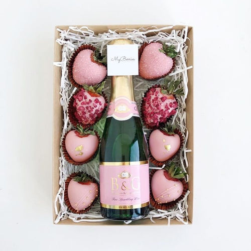 Wine/Strawberries Bouquet