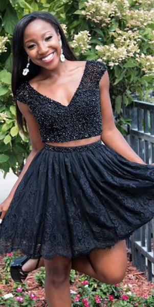 V-Neck Beaded Short 2 Pieces Black Homecoming Dress Cute Girls Short Cocktail Party Dress Custom Made Short Plus Size School Dance Dresses Sweet 16th Dress SHD183