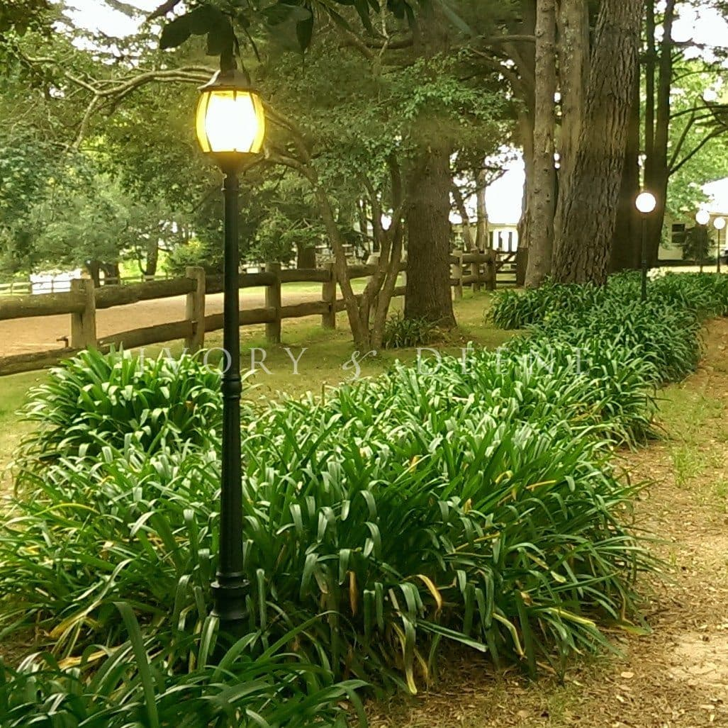 Garden Lamp Post Victorian Style Black Ivory Deene Pty Ltd