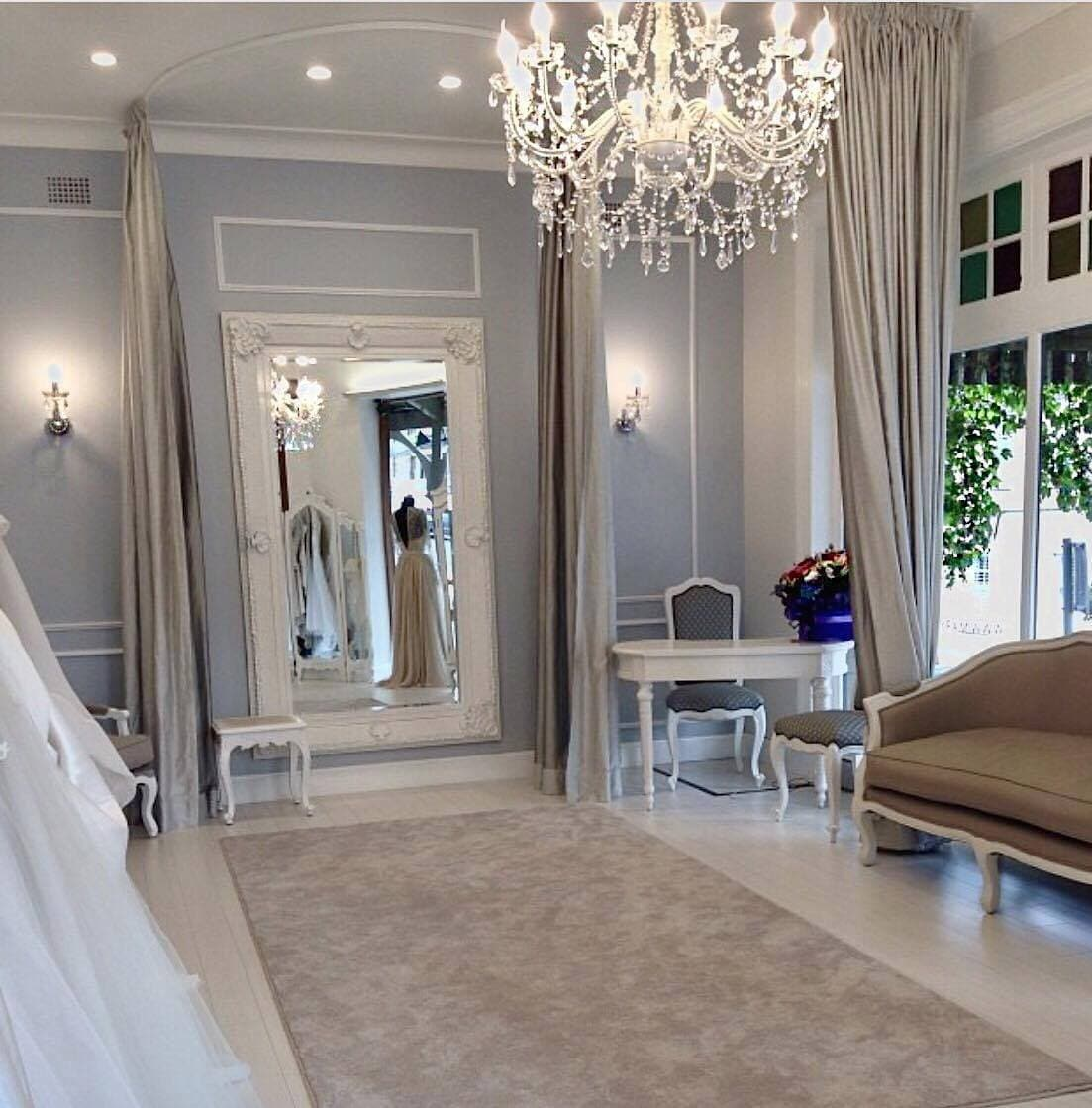 Chandelier large 12 light french provincial cassie ivory cassie chandelier 12 light white acrylic aloadofball Gallery