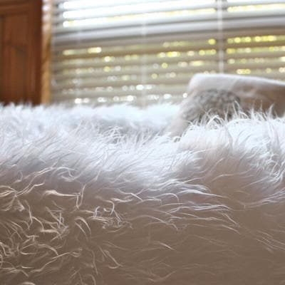 shaggy white fur beanbag detail