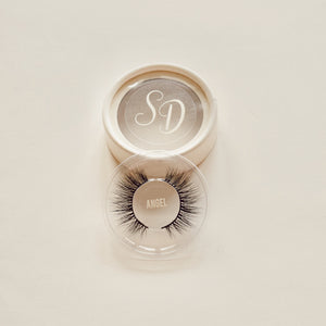 Sincerely Danicka Angel Eyelashes