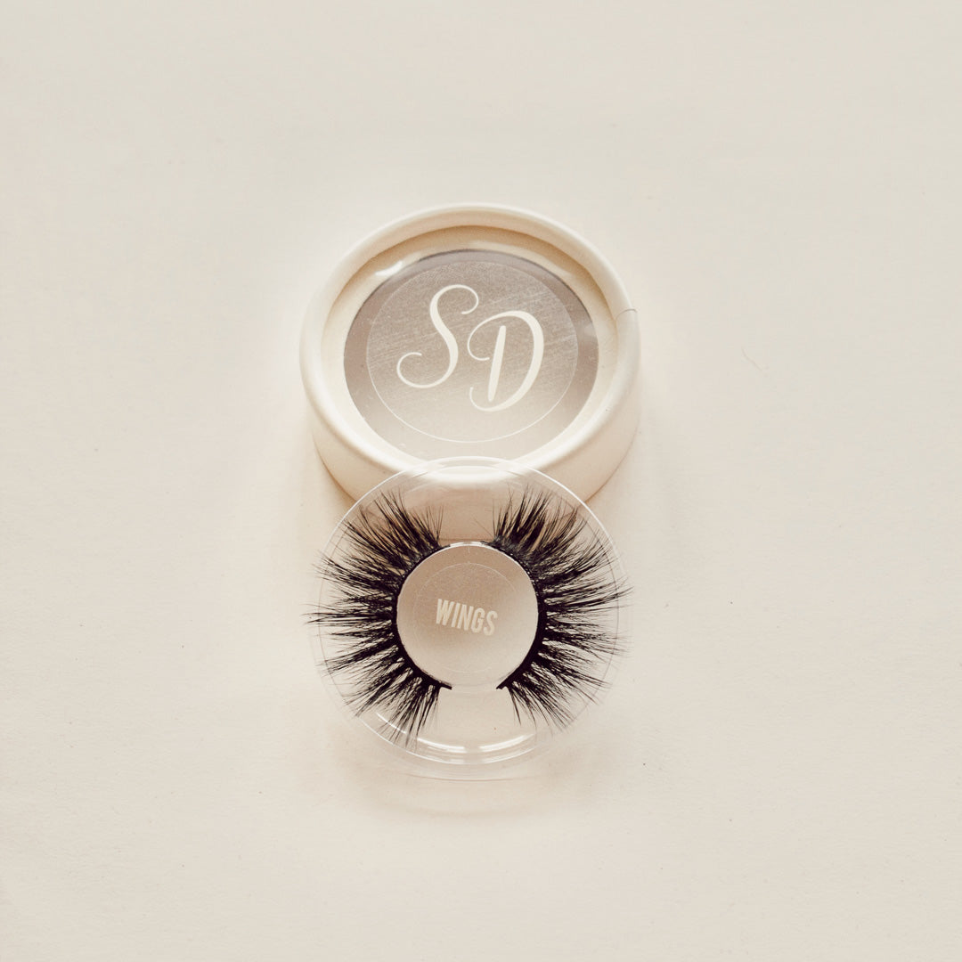 Sincerely Danicka Wings Eyelashes