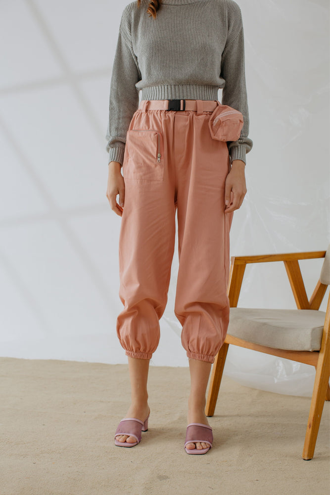 Shawntel Pocket Pants in Pink