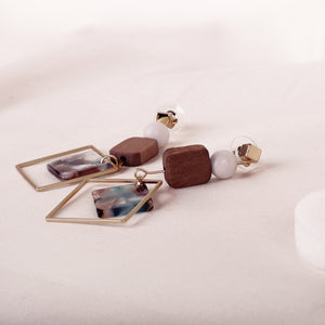 Load image into Gallery viewer, Baleena Block Earrings