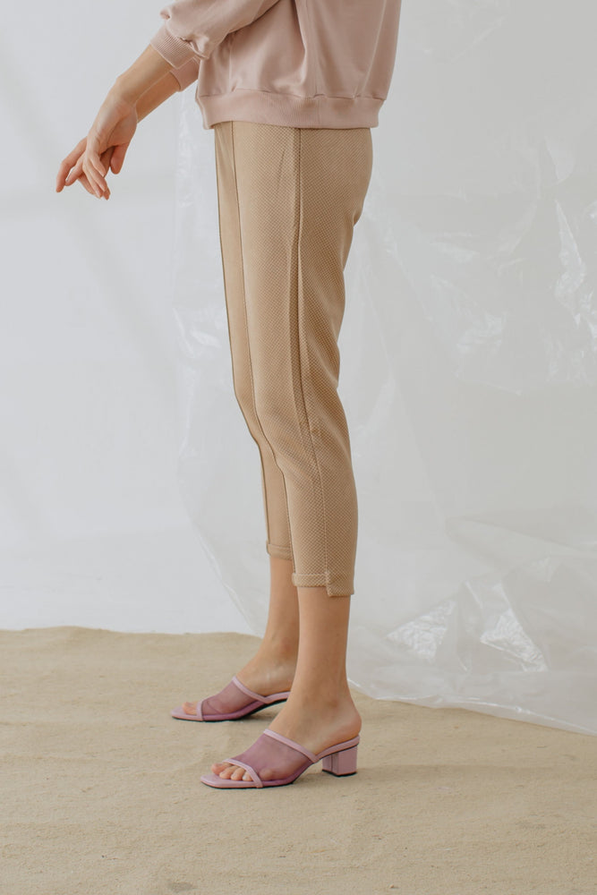 Nadine Pants in Brown