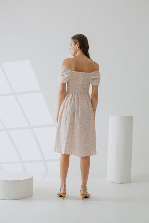 Allody Alsha Smock Dress In Soft Pink