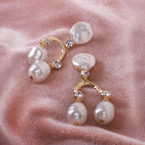 Aranha Pearls Earrings