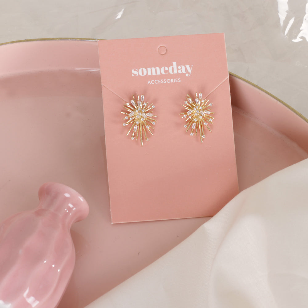 Load image into Gallery viewer, Gold Starburst Earrings