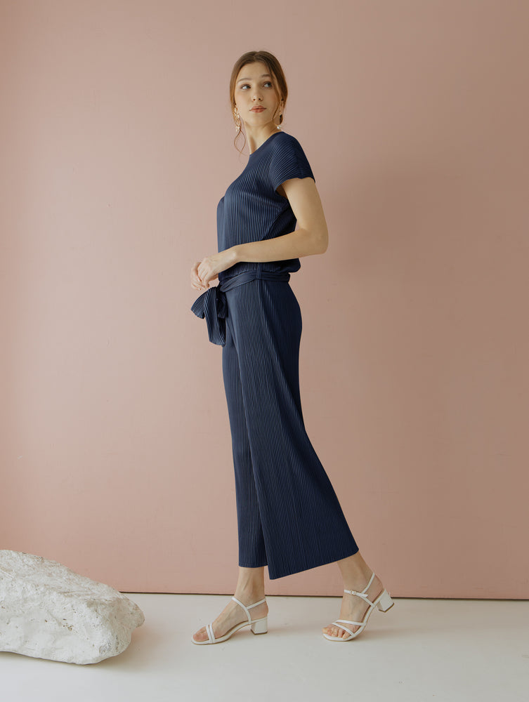 Load image into Gallery viewer, Velery Pleats Jumpsuit in Navy