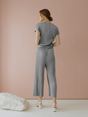 Load image into Gallery viewer, Velery Pleats Jumpsuit in Grey