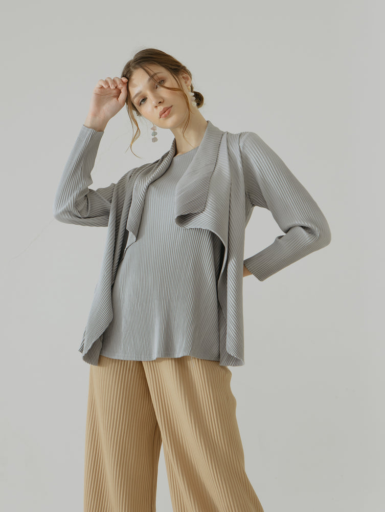 Joe Longsleeve Pleats Top