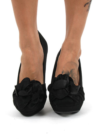 Rocket Dog Black Flower Brushed Satin Fabric High Heel Platform Pumps