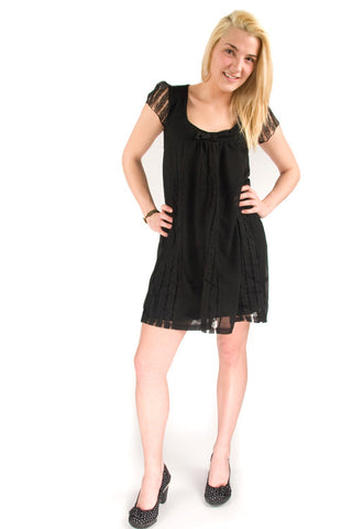 Yumi Plunging Neckline Lace Cap Sleeve Tunic Little Black Dress Y-70