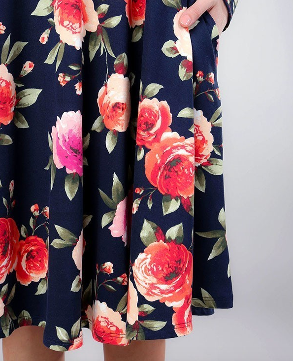 Long Sleeve Floral Printed Dress With Pockets