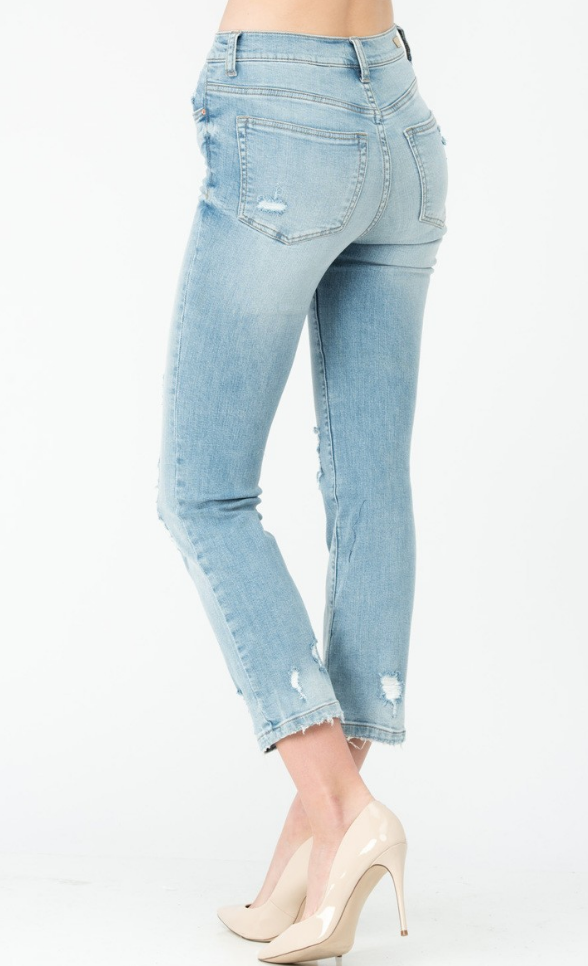 Isla Destroyed Light Wash Jean