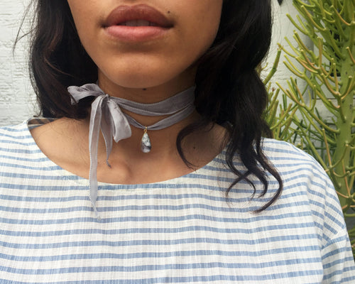 Taii Silk Choker in Dendritic Opal