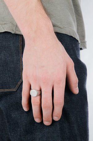Circular Signet Ring in Silver - Philistine