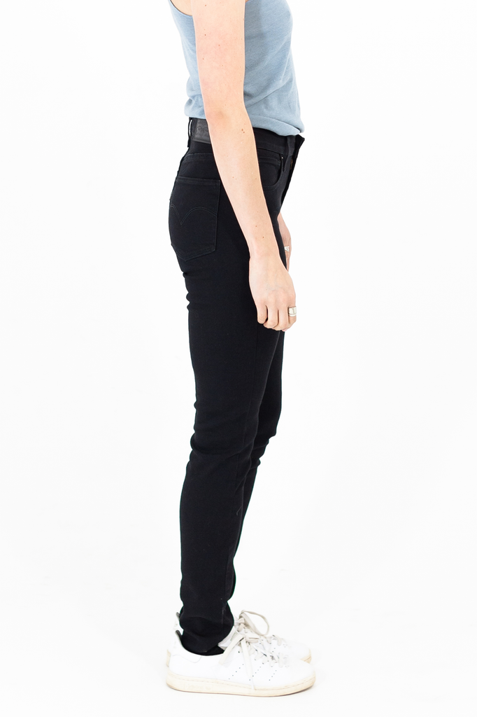 Women's Levi's 721 High Rise Skinny in Soft Black