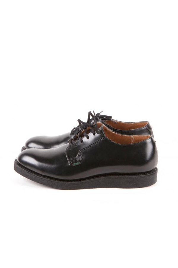 Men's Red Wing Heritage Postman Oxford 101 in Black Chaparral Leather at Philistine Toronto